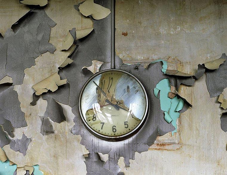 Melted clock, Cass Technicl High School, Yves Marchand et Romain Meffre