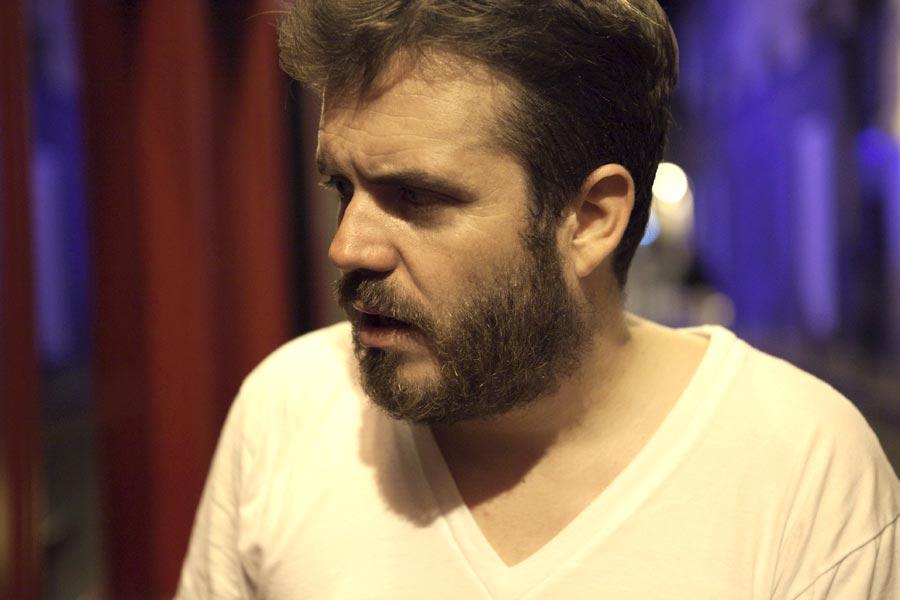 Eric Thomé, Miles away